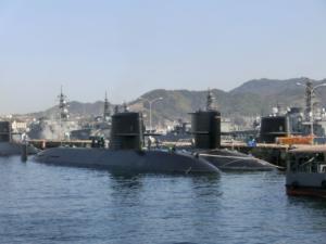 潜水艦がいっぱい