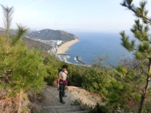 岡山県玉野市王子ヶ岳から瀬戸内海を見おろす
